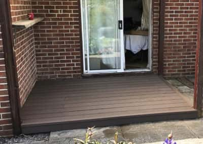 choclolate brown wpc decking